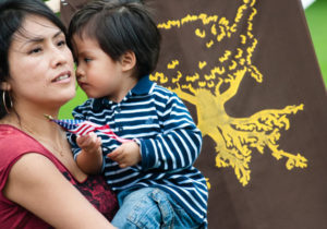 U.S. Citizen Kids in Immigrant Families Face Barriers to Social Services